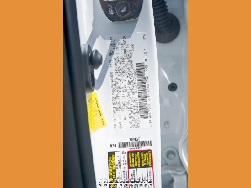 Toyota Tacoma 2013 price $29,350