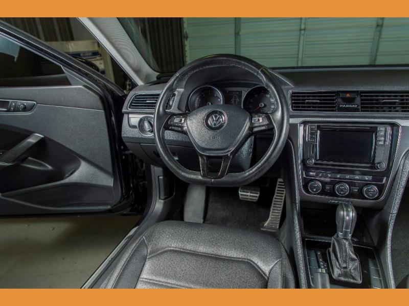 Volkswagen Passat 2018 price $16,750