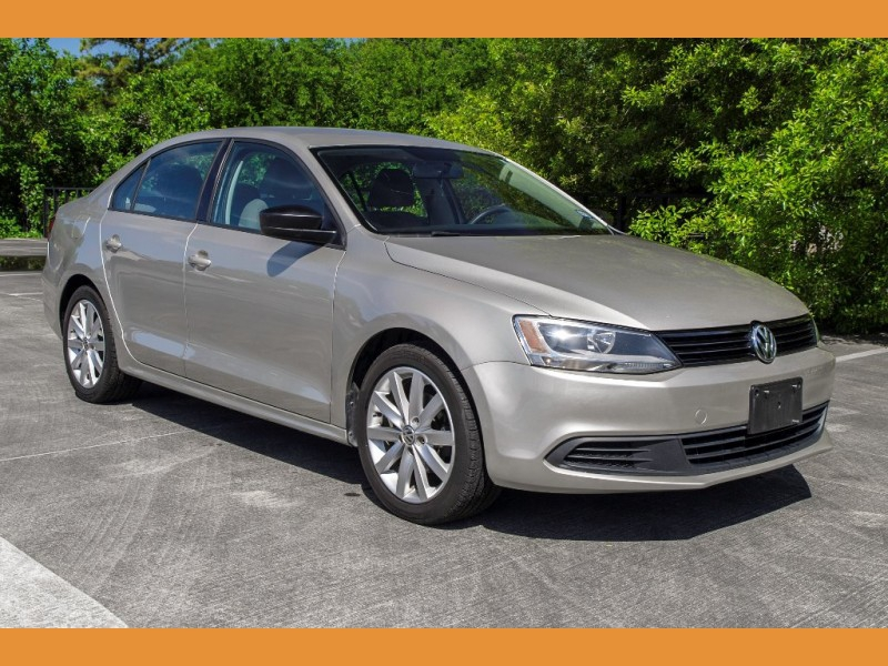 Volkswagen Jetta Sedan 2014 price