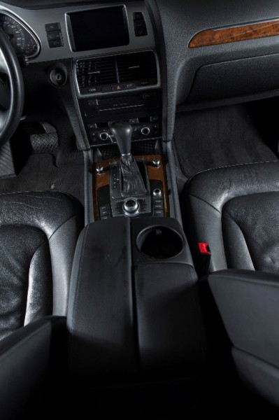 Audi Q7 2011 price $16,250
