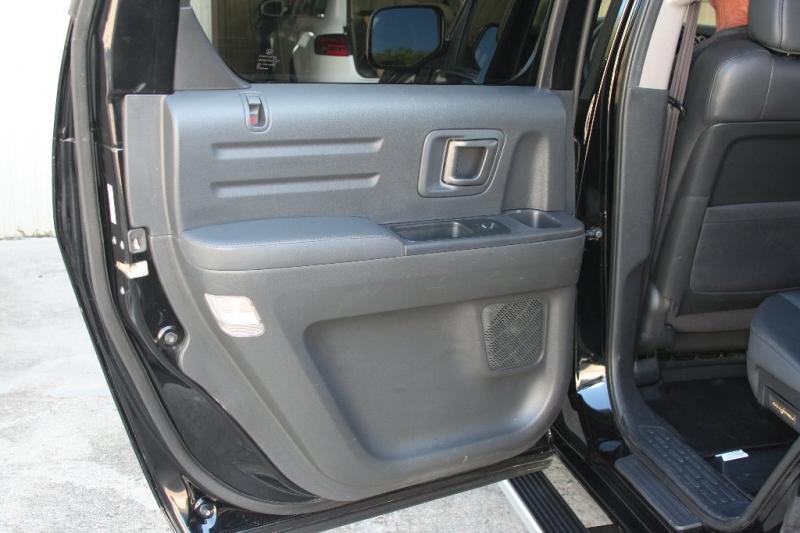 Honda Ridgeline 2014 price $17,950