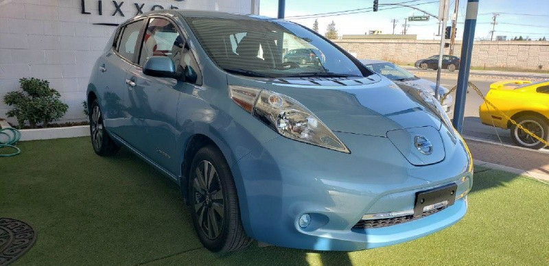 Nissan LEAF 2015 price $10,300