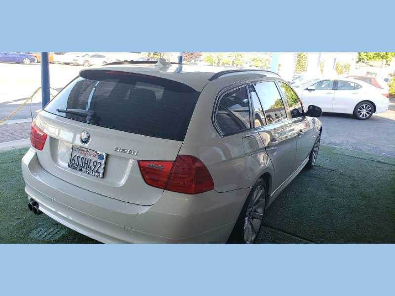 BMW 3-Series 2011 price $9,099