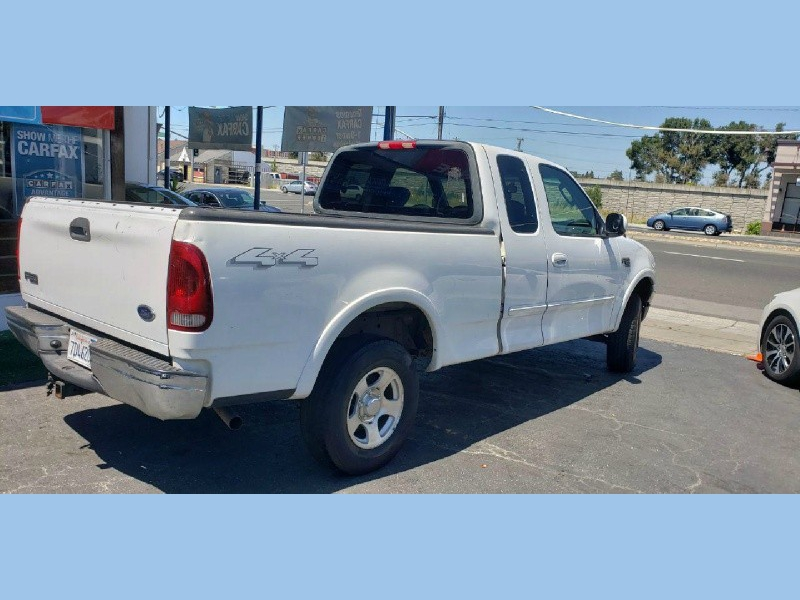 Ford F-150 2003 price $3,000