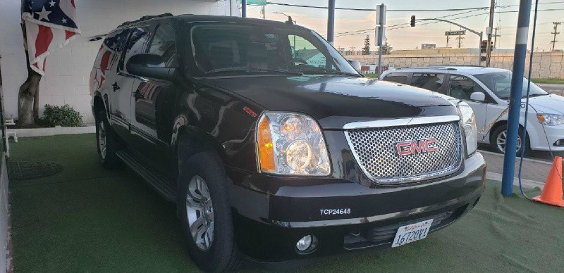 GMC Yukon XL 2013 price $8,500