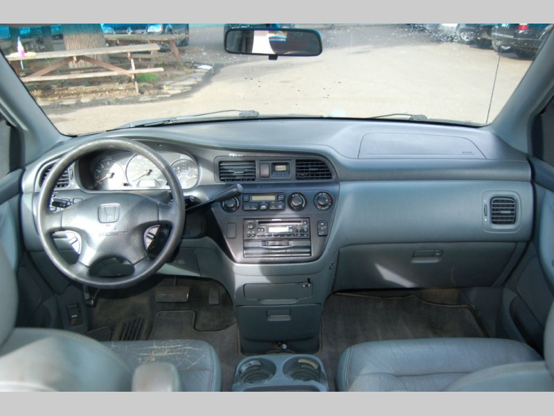 HONDA ODYSSEY 2001 price $3,000