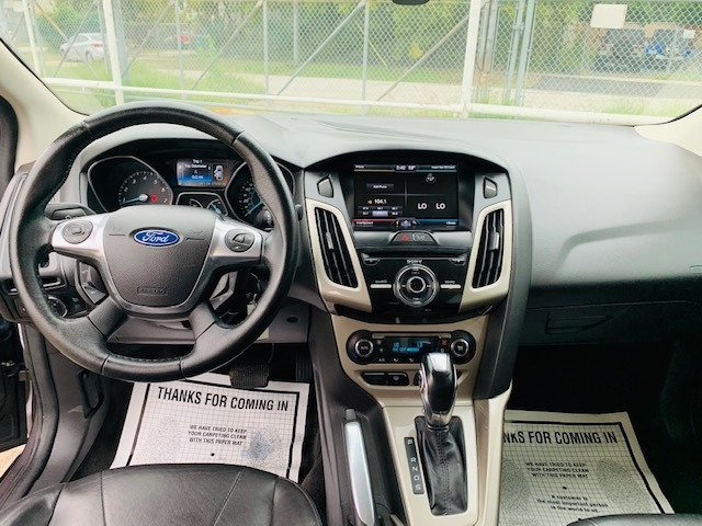 Ford Focus 2012 price $5,900