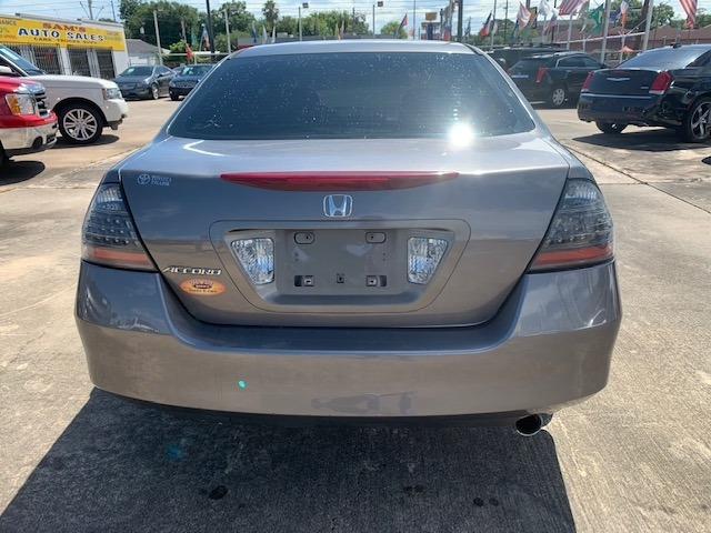 Honda Accord Sdn 2006 price $4,900