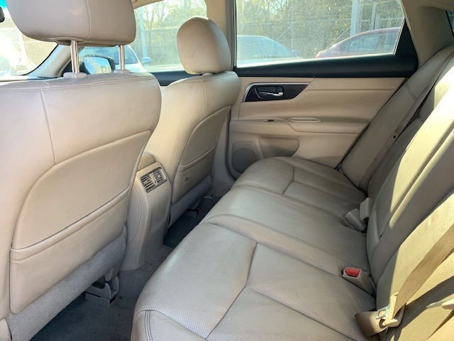 Nissan Altima 2013 price $8,300