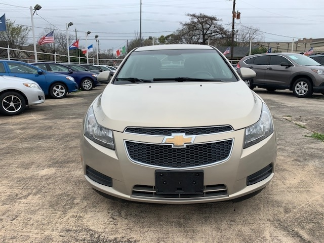 Chevrolet Cruze 2012 price $4,900