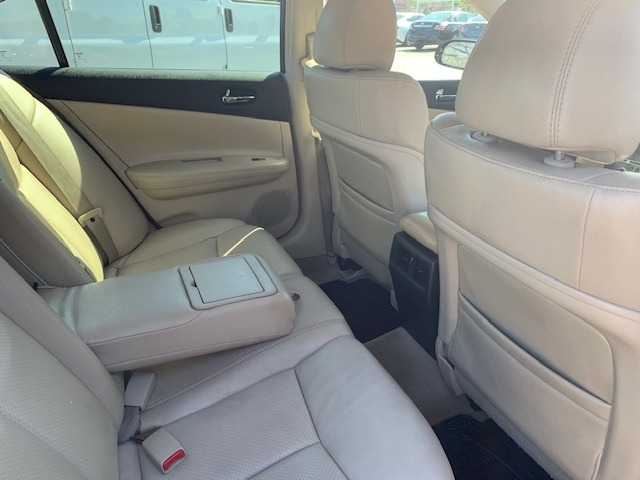 Nissan Maxima 2013 price $6,500