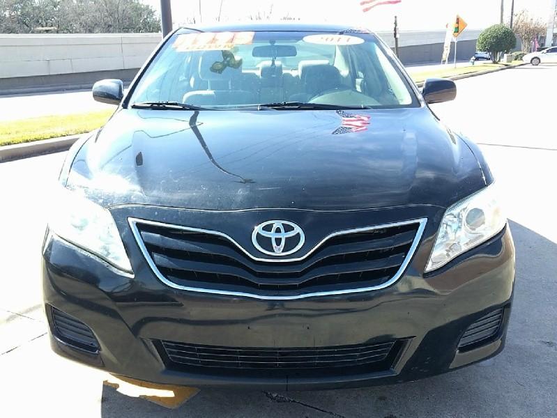 Toyota Camry 2011 price $6,995