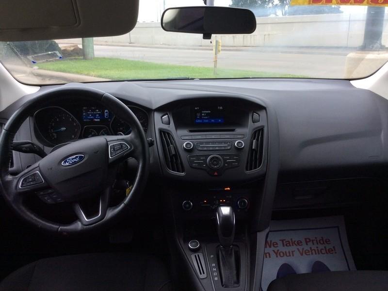 Ford Focus 2016 price $8,995