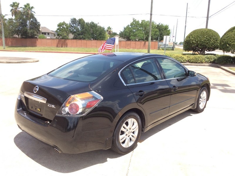 Nissan Altima 2012 price $7,495