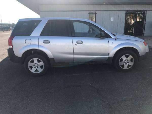 Saturn VUE 2004 price $2,500