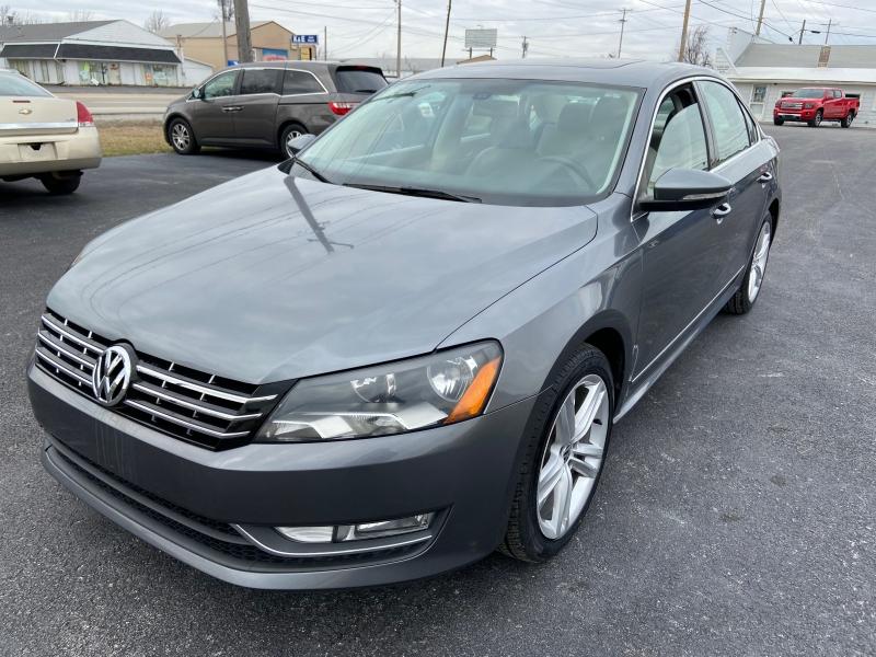 Volkswagen Passat 2012 price $9,699