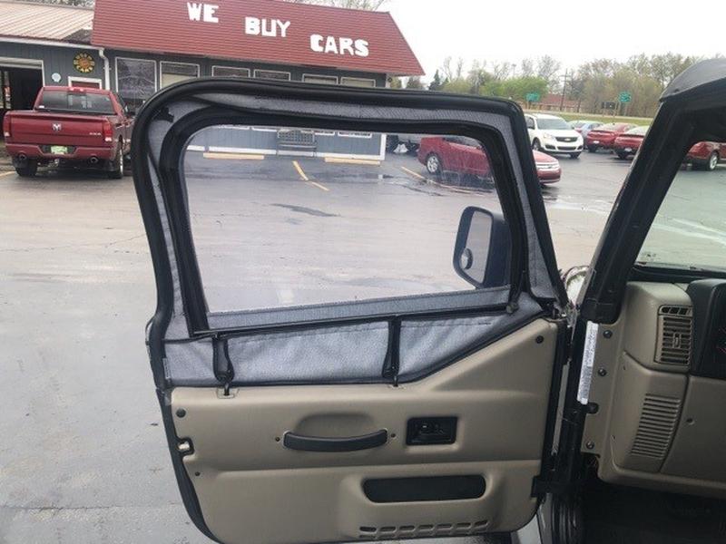 Jeep Wrangler 2003 price $9,995