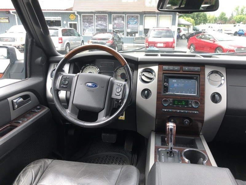 Ford Expedition EL 2007 price $11,995