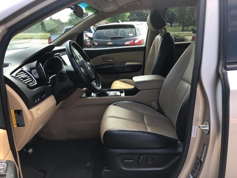 Kia Sedona 2015 price $10,443