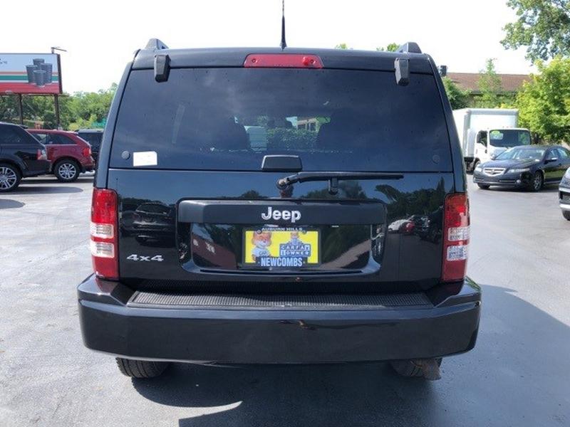Jeep Liberty 2011 price $9,999