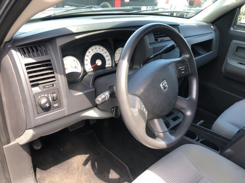 Dodge Dakota 2011 price $18,580