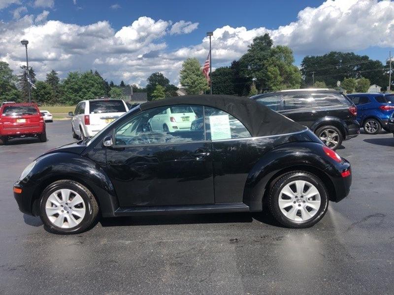 Volkswagen Beetle 2009 price $10,000