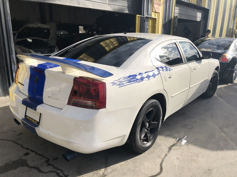 DODGE CHARGER 2007 price $700 Down