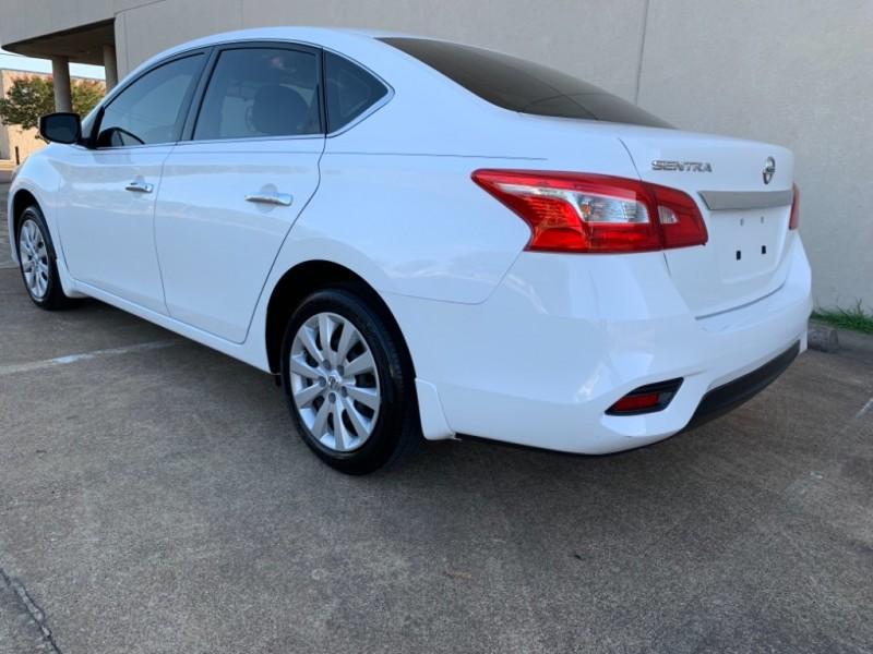 Nissan Sentra 2017 price $10,499