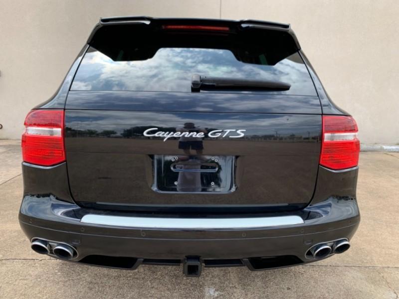 Porsche Cayenne 2009 price $13,495