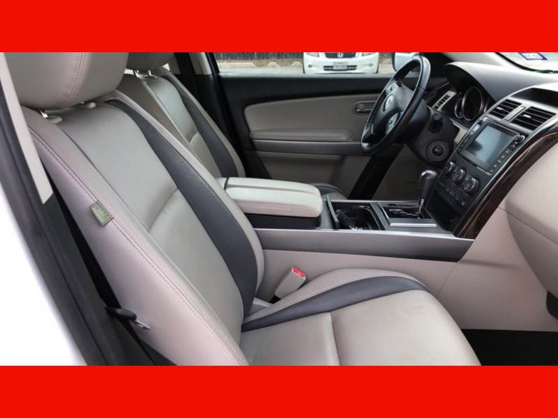 Mazda CX-9 2012 price $9,499