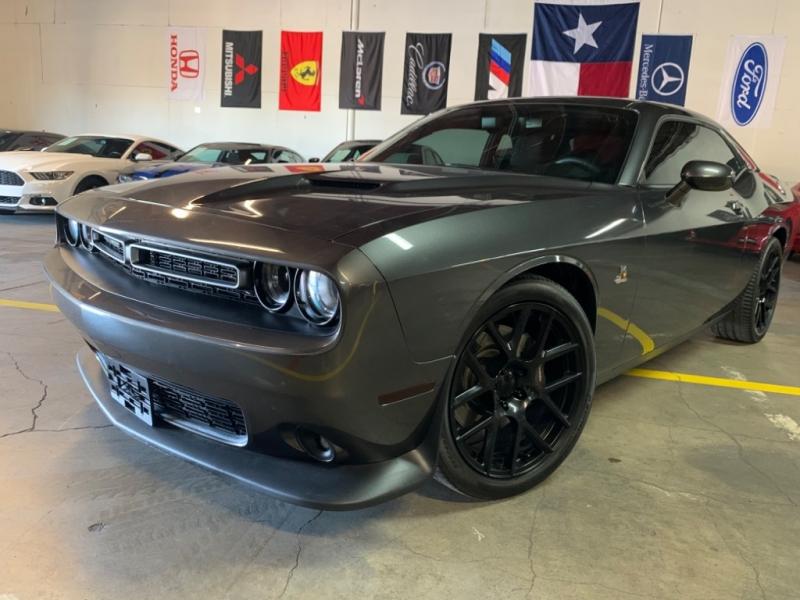 Dodge Challenger 2016 price $27,699