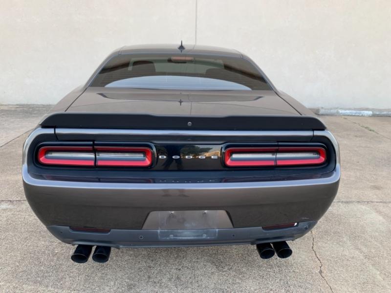 Dodge Challenger 2016 price $28,995