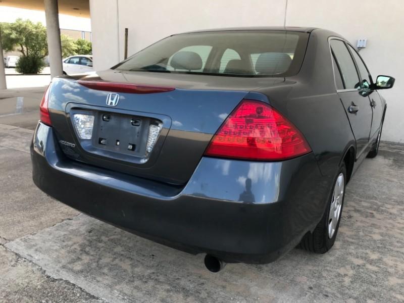 Honda Accord 2007 price $3,795