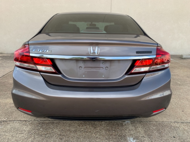 Honda Civic Sedan 2015 price $10,199