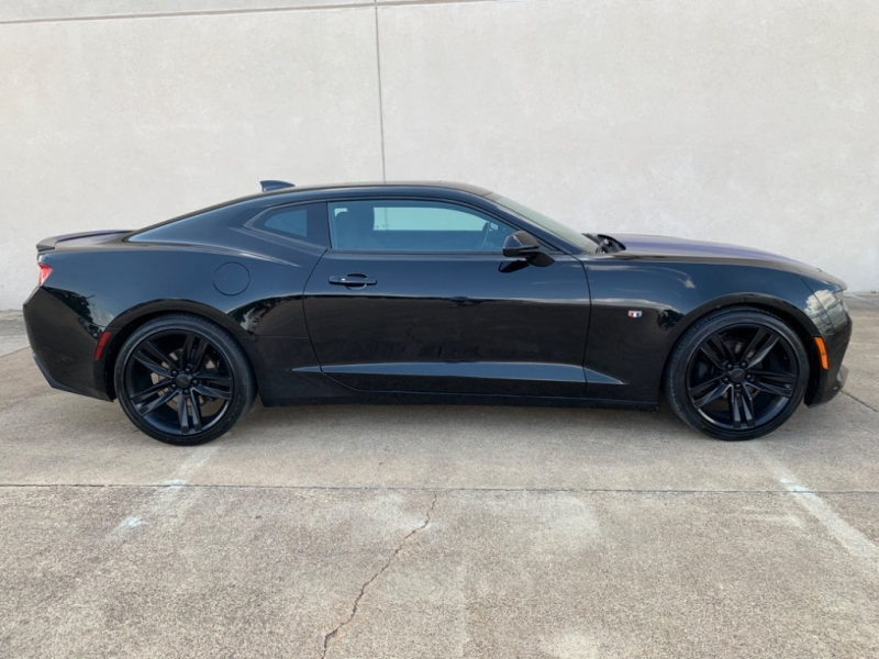 Chevrolet Camaro 2017 price $18,995