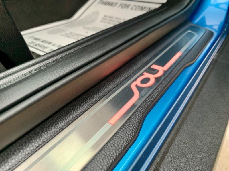 Kia Soul 2017 price $12,995
