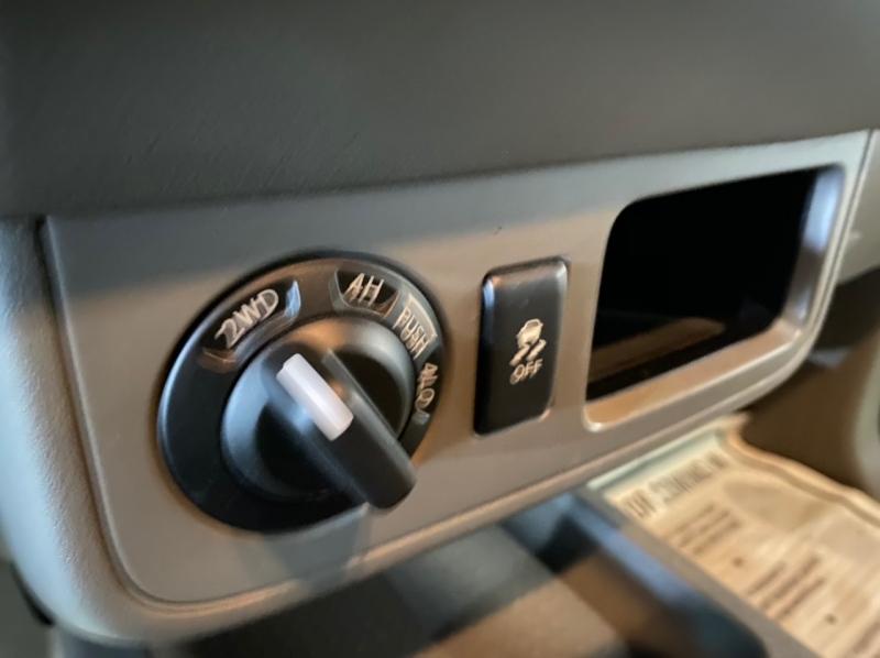 Nissan Frontier 2014 price $14,995