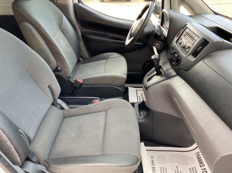Chevrolet City Express Cargo Van 2015 price $10,499