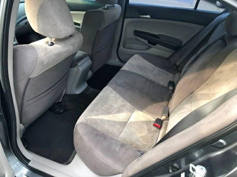 Honda Accord 2010 price $5,200