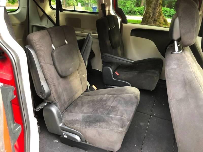 Dodge Grand Caravan 2012 price $7,350