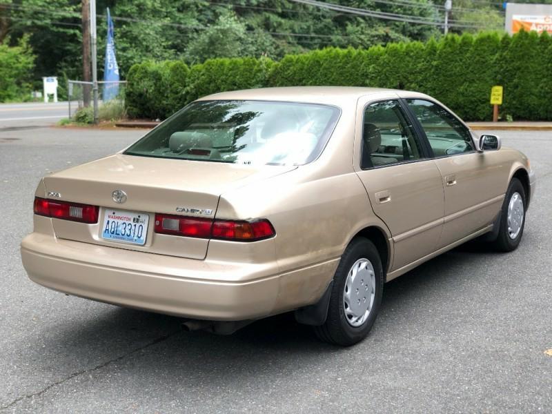 Toyota Camry 1997 price $2,295