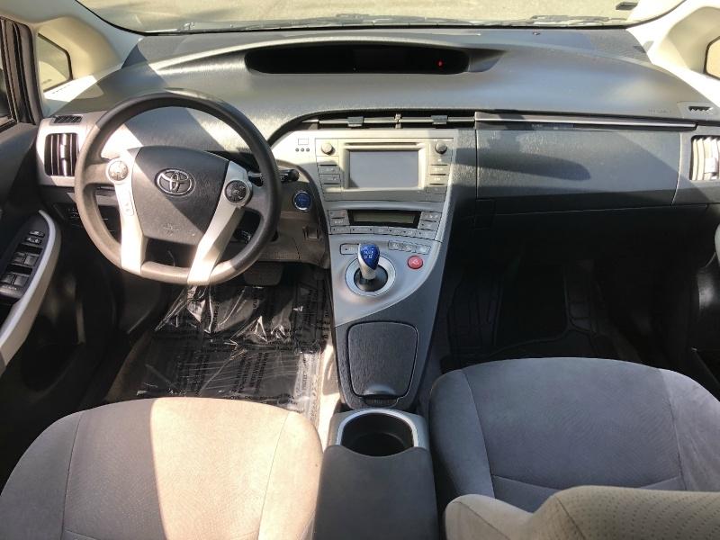 Toyota Prius 2013 price $12,300