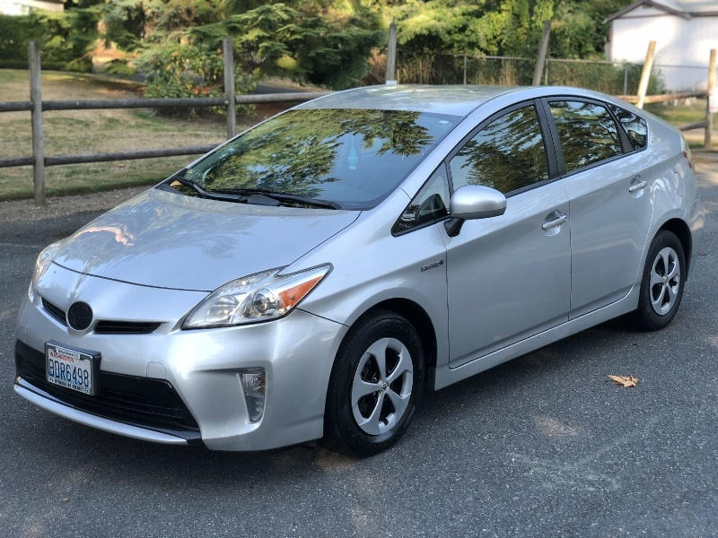 Toyota Prius 2014 price $9,650