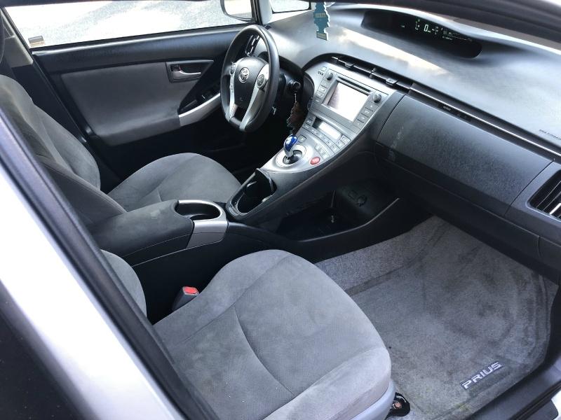 Toyota Prius 2014 price $10,850