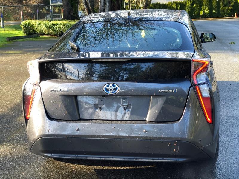 Toyota Prius 2018 price $17,250