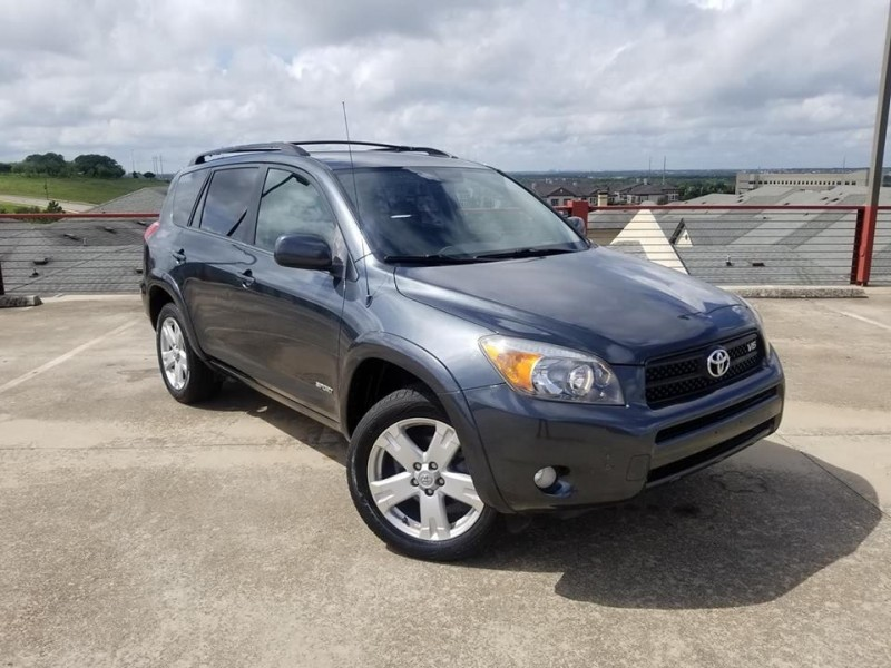 Toyota RAV4 2006 price $6,400