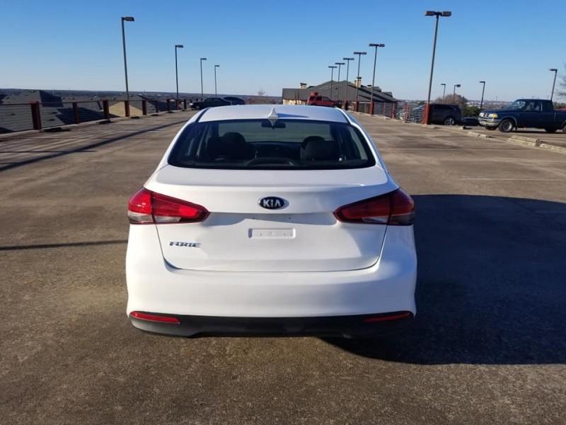 Kia Forte 2017 price $8,499