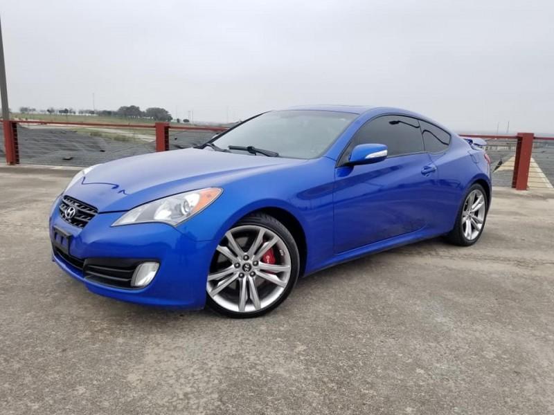 Hyundai Genesis Coupe 2011 price $9,250