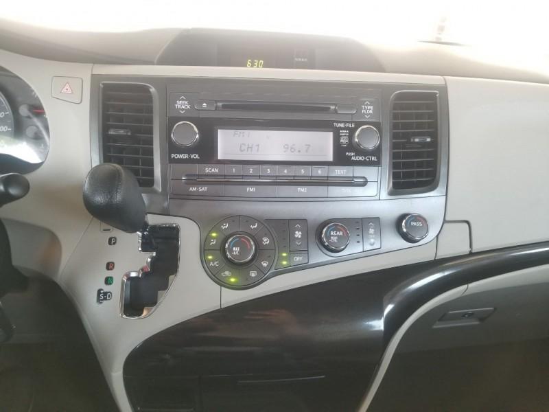 Toyota Sienna 2013 price $13,999
