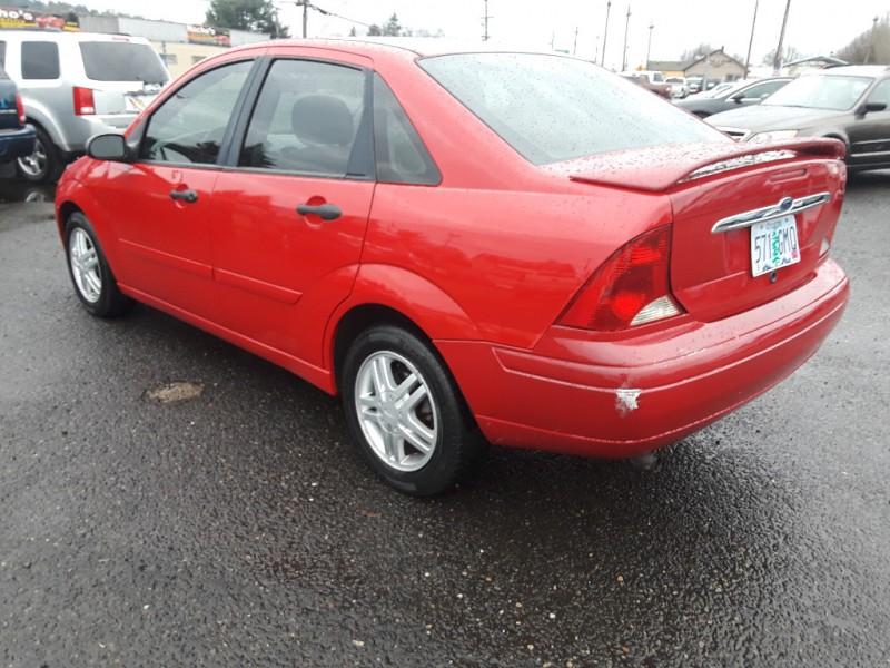 Ford Focus 2002 price $2,295